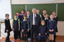 Горненские школьники пообщались с Уполномоченным по правам человека в Хабаровском крае