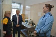 Уполномоченный по правам человека в Хабаровском крае проверил условия содержания иностранных граждан