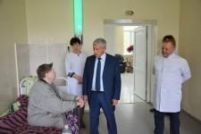 Игорь Чесницкий посетил КГБУЗ «Ванинская центральная районная больница»