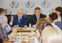 Уполномоченный по правам человека в Хабаровском крае Игорь Чесницкий принял участие во встрече с представителями общественных организаций инвалидов и заинтересованных органов власти в сфере социального обеспечения инвалидов