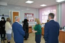 Уполномоченный по правам человека в Хабаровском крае встретился с работниками Хабаровского центра социального обслуживания населения