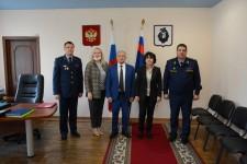 В рамках мониторинга избирательной кампании Уполномоченный с представителем федерального омбудсмена посетил следственный изолятор Хабаровска