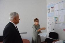 Уполномоченный проверил готовность избирательных участков Индустриального и Кировского районов Хабаровска к выборам